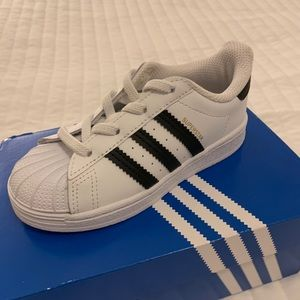 Brand New Adidas Superstar Sneakers Kids Size 9